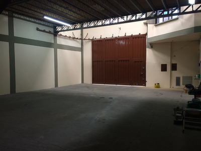 Vendo Permuto Bodega Barrio La Asuncion