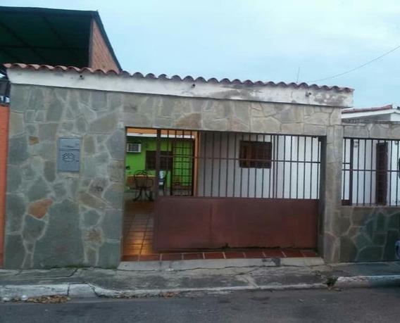 Casa En Paraparal, Miralvalle. Lgc-068