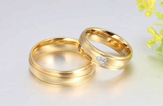 Par De Alianças Dourado Para Casamento
