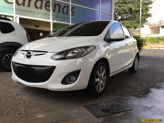 Mazda Mazda 2 Full Equipo