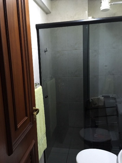 Aluguel De Apartamentos / Padrão Na Cidade De Araraquara 8325