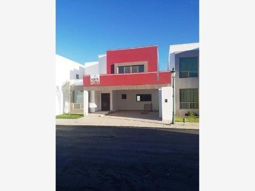 Casa En Venta En Real Del Nogalar, Torreón