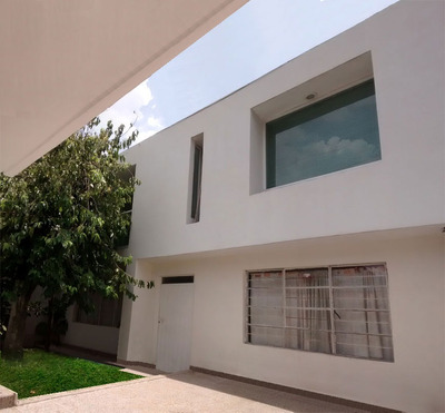 Casa Gran Oportunidad Con Excelente Ubicación Del. Coyoacan