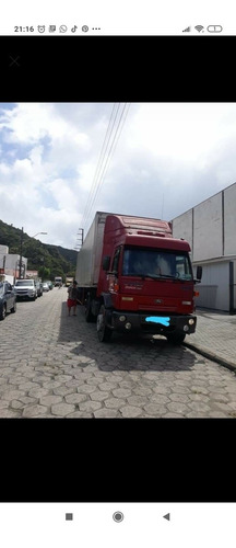 Ford  Ford Cargo 2004
