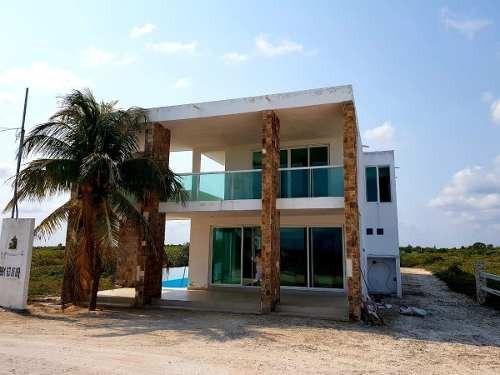 Se Vende Hermosa Y Comoda Casa En La Playa