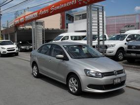 Volkswagen Vento 1.6 L4 Active At