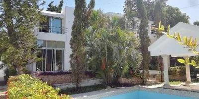 Hermosa Residencia Con Acabados De Lujo En Renta A Dos Cuadras De Prolongacion Paseo De Montejo