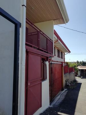 Apartamento En Heredia, Barva, San Roque. Para 1 Persona.