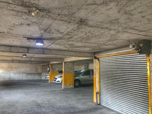 En Venta Parking Ciudad Vieja