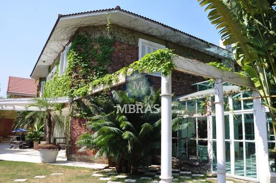 Belíssima Residência Em Região Tranquila E Arborizada - Mb1862