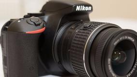 Câmera Nikon D5000 18-55 Mm + Bolsa + Tripé - Seminova