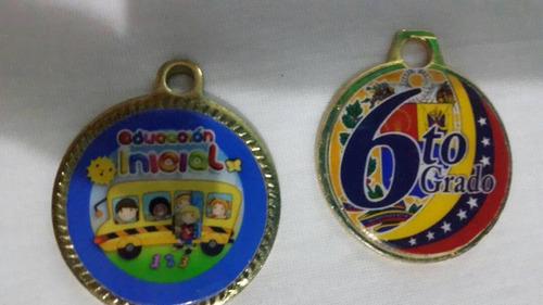 Medallas De Graduacion De Prescolar Y De 6to Grado