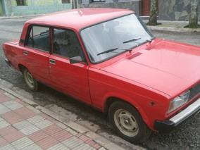 Lada Laika 1.5 Sedan