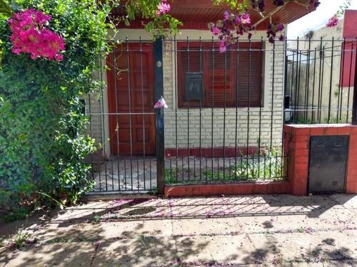 2 Casas 2 Y 3 Amb Con Patio Y Cochera. Palomar