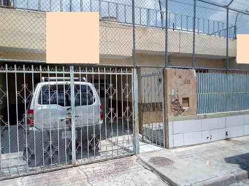 Casa En Venta En La Colonia Miramar Zapopan $ 1´190,000.00