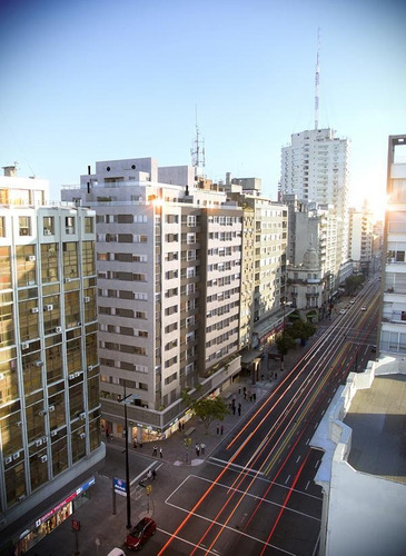 Alquilo Apartamento Con Terraza  2 Dormitorios - Centro