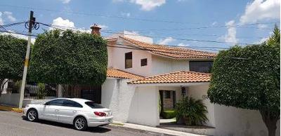 Jm/ Bonita Casa Con A Minutos De Bernardo Quintana