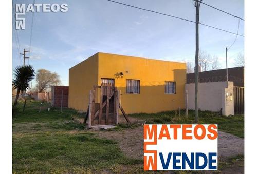 Imagen 1 de 9 de Venta Casa  Mar Del Tuyu Oportunidad Calle 9 Al 5300