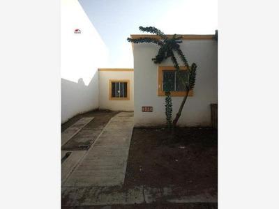 Casa Sola En Venta Milenio Ii, Se Traspasa O Vende; Recién Remodelada Y Cerca De La Central Foránea