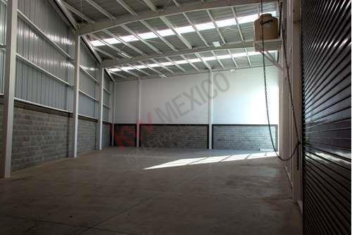Renta Bodega: Nave De 439m2 C/ofna $33,035 En Parque Industrial Cerca Carretera Querétaro-méxico, Aerop. Qro