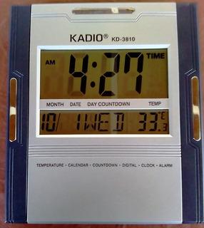 Reloj De Pared Y Mesa Digital Marca Kadio Kd-3810.