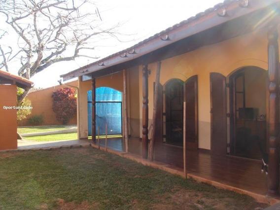 Casa Para Venda, Tupy, 4 Dormitórios, 1 Suíte, 2 Banheiros, 4 Vagas - 0100