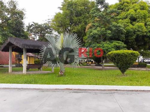 Casa Em Condomínio-à Venda-taquara-rio De Janeiro - Tqcn40029