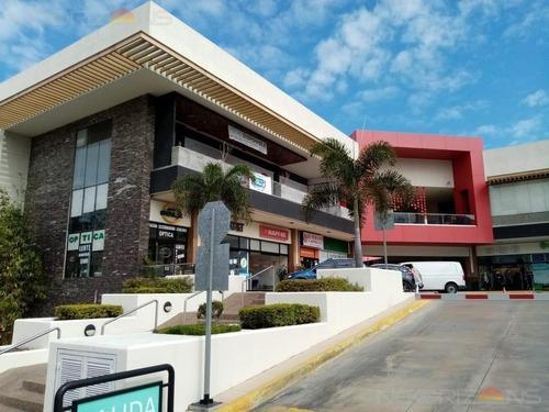 Local Comercial En Renta En Plaza Rondinella Col. Lindavista, Tampico