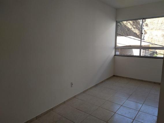 Apartamento Em Pimenteiras, Teresópolis/rj De 50m² 2 Quartos Para Locação R$ 650,00/mes - Ap275927