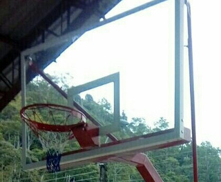 Tablero Basket Ball En Vidrio Con Aros Flexibles