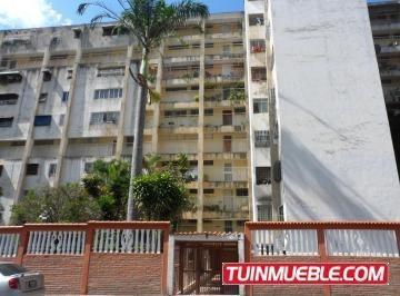 Apartamentos En Alquiler Caricuao