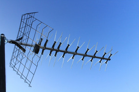 Antena Uhf Nova 2 + Booster 40 Db Edsat