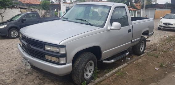 Chevrolet Silverado Se