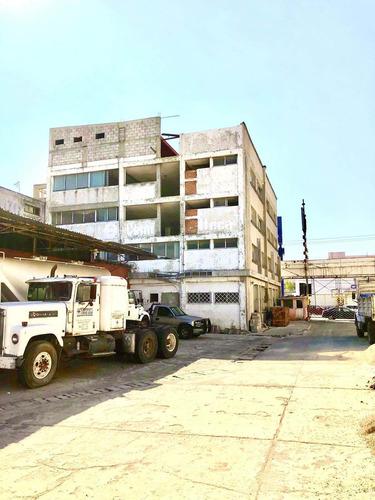 Imagen 1 de 10 de Venta De Edificio Con Terreno