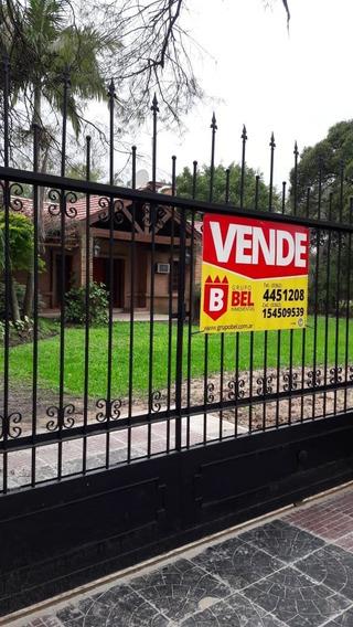Casa Con Gran Parque En Villa Monte Alto