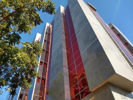 Oficina En Venta En La Arboleda Maracay Dvm 20-21362