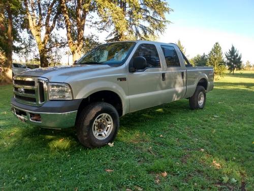 Ford F100 Duty Xlt 4x4 - 2011