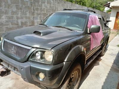 L200 Hpe 2004 Para Peças