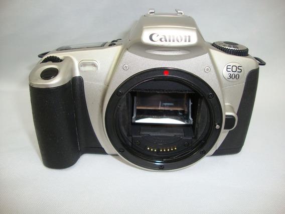 Antiga Camera Canon Eos 300 Sem Lente *** Não Funciona***