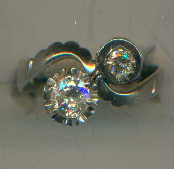 Esplendido Anillo De Oro Con Diamantes