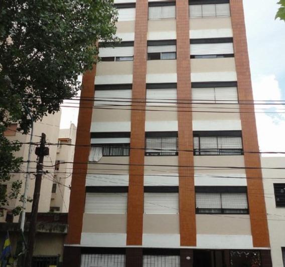 Departamento 2 Ambientes Av. Urquiza Al 5000 Centro Caseros