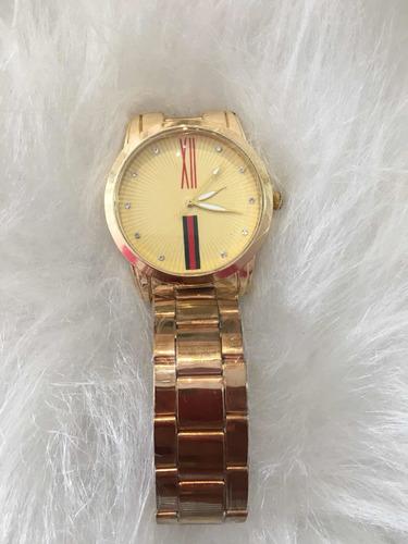 Relógio Feminino Pulseira Dourada Números Romanos