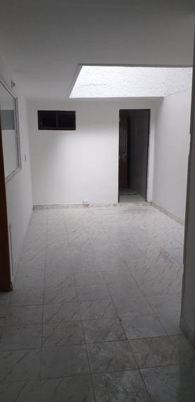 Casa En Arriendo Laureles 495-39264