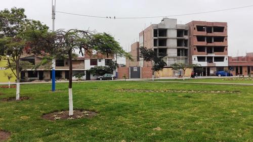 Imagen 1 de 6 de Terreno 200 M2 Frente A Parque Smp