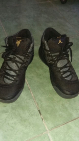 Jordan Aniversary Special Gold Talle 8.5us 40.5eur
