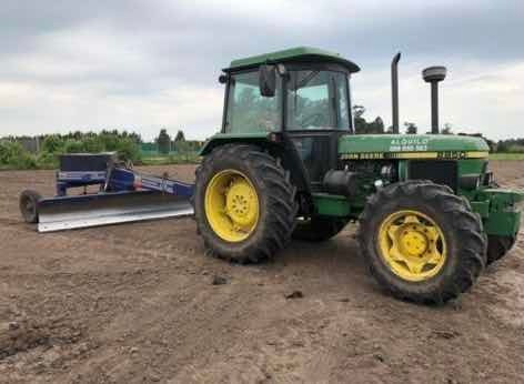 Tracotr Jhon Deere 2250