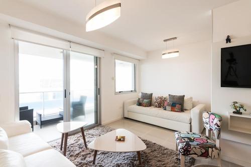 Imagen 1 de 15 de Apartamento En Alquiler En Edificio Arenas Del Mar 2 Con Increíble Vista
