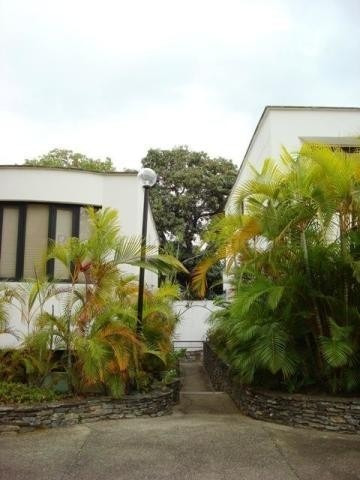 Mls: 20-9089 Casa La Florida