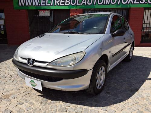 Peugeot 206 Xr Confort 1.4 2006