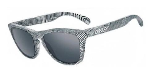 Lentes De Sol Frogskins Blanco Y Negro Oakley.